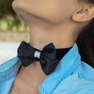 Cute Black & Silver 1 Inch Bow Choker Necklace
